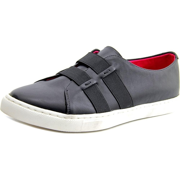 Taryn Rose Sasha Leather Fashion Sneakers