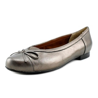 Ros Hommerson Oriel SS Round Toe Leather Flats