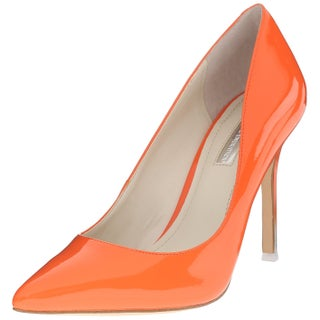 BCBGeneration Womens TREASURE Pointed Toe Classic Pumps