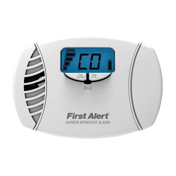 First Alert CO615 Carbon Monoxide Plug-In Alarm With Battery Backup & Digital Display