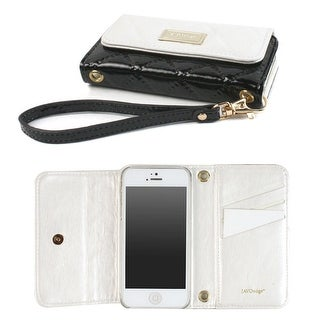 JAVOedge Vintage Quilted Wallet Case for the Apple iPhone 5s, iPhone 5 (White/Black) - White And Black