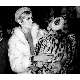 Twiggy wearing a fur coat Photo Print