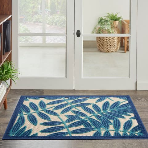 Nourison Aloha Leaf Print Indoor/ Outdoor Area Rug