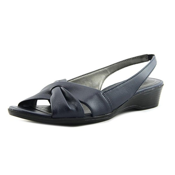 Life Stride Mimosa 2 Navy Must Pumps