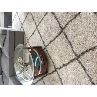 Safavieh Hudson Diamond Trellis Shag Ivory/ Grey Rug - 8' x 10'