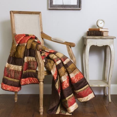 Montgomery Holiday Vintage Quilted Throw 50x60