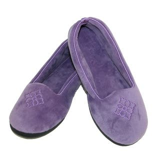 Dearfoams Women's Microfiber Velour Closed Back Slippers https://ak1.ostkcdn.com/images/products/is/images/direct/9c3412b188557d08320238a8f3d49f357d78b9ec/Dearfoams-Women%27s-Microfiber-Velour-Closed-Back-Slippers.jpg?impolicy=medium