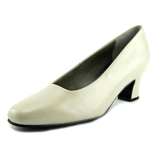 Ros Hommerson Vicki  N/S Round Toe Patent Leather  Heels