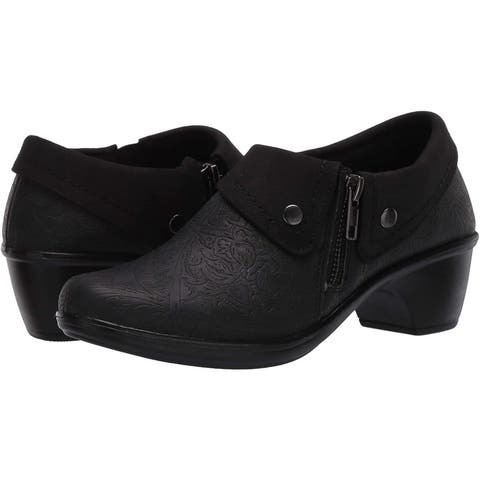 Easy Street Women's Darcy Ankle Boot