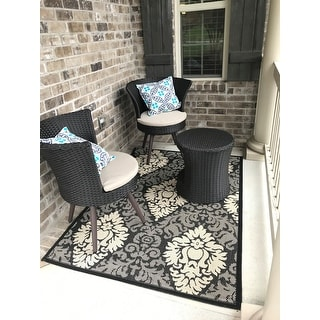 Shop Safavieh St. Barts Damask Black/ Sand Indoor/ Outdoor Rug - On Sale - Free Shipping On Orders Over $45 - Overstock - 7356956