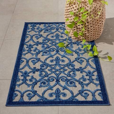 Nourison Aloha Polypropylene Transitional Indoor/Outdoor Damask Rug