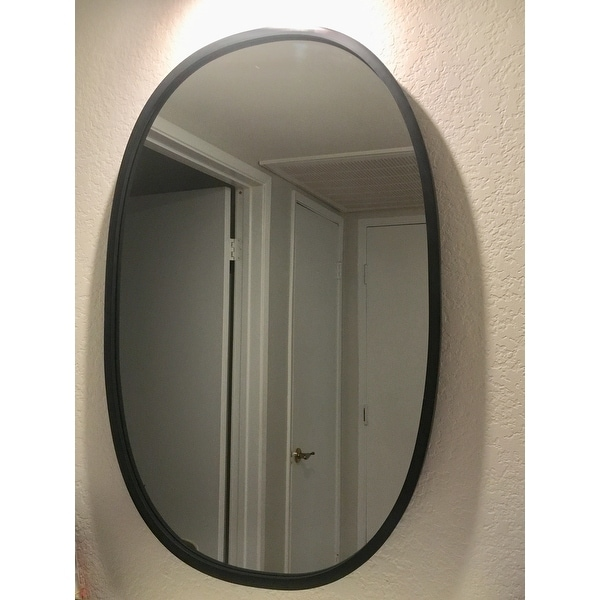 Shop Umbra Hub Mirror Black Oval 24 Inches X 36 Inches   Free Shipping  Today   Overstock   19886829