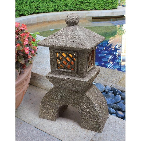 Design Toscano Japanese Pagoda Illuminated Lantern Statue: Set of Two