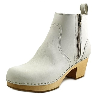 Swedish Hasbeens Zip It Emy Women Round Toe Leather Ivory Ankle Boot