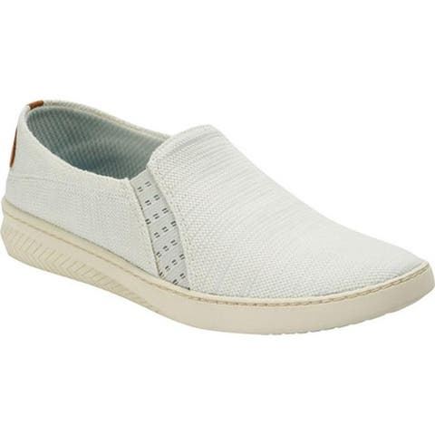 Bare Traps Women's Yadier Slip On Sneaker White Diva Fabric