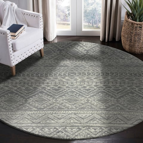 "Traditional Geometric Light Gray Area Rug 7'9"" Round - 7'9"" Round - 7'9"" Round"