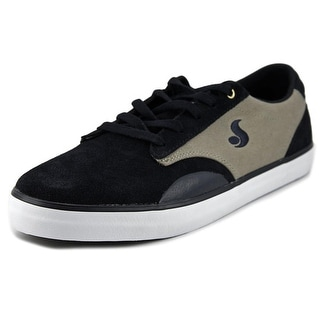 DVS Daewon 14 Round Toe Suede Sneakers