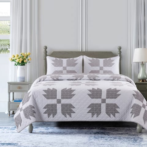 Country Living Bear Claw Quilt Set