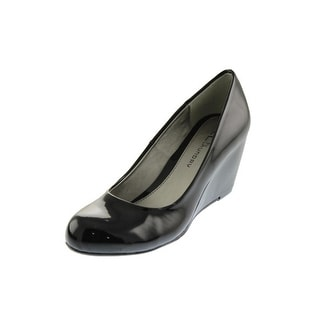 Chinese Laundry Womens Nima Patent Round Toe Wedge Heels - 7.5 wide (c,d,w)