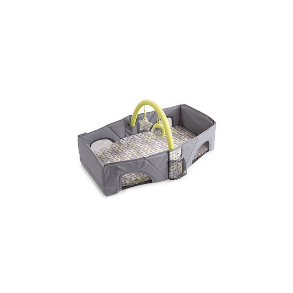 Summer Infant Infant Travel Bed and Diaper Changer Travel Bed and Diaper Changer