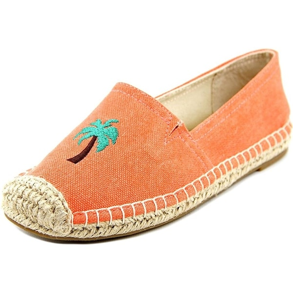 1.4.3. Girl Womens Island Cap Toe Loafers