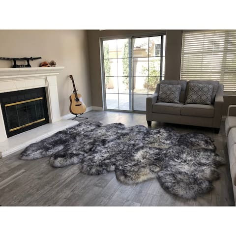 "Dynasty 10-Pelt Luxury Wool Sheepskin White with Black Tips Shag Rug - 5'5"" x 8'6"""