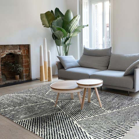Larsen Modern Stripe Area Rug
