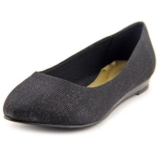 Soft Style by Hush Puppies Darlene W Pointed Toe Canvas Flats