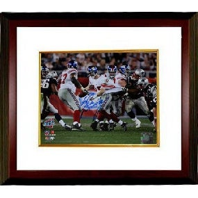 Eli Manning signed New York Giants Super Bowl XLII 8x10 Horizontal Photo  Escape Custom Framed Stein - Free Shipping Today - Overstock - 25799340 93f0374a9