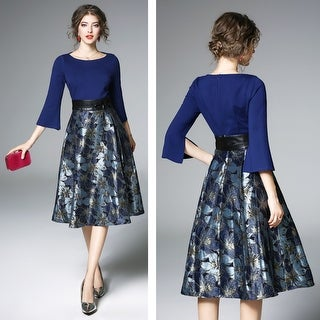 Elegant Split Trumpet Sleeve Jacquard Dress
