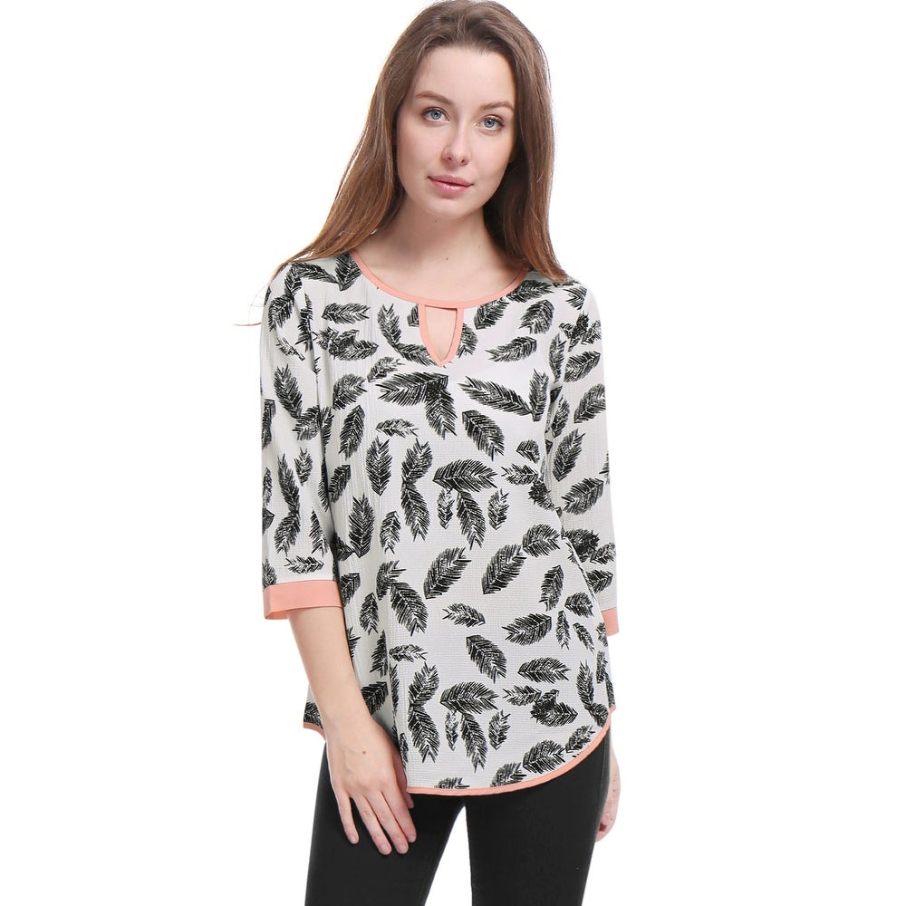 Women Feather Prints 3/4 Sleeves Keyhole Flowy Top - White