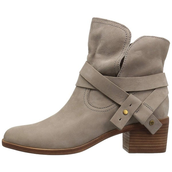 Ugg Womens Elora Leather Almond Toe Ankle Fashion Boots