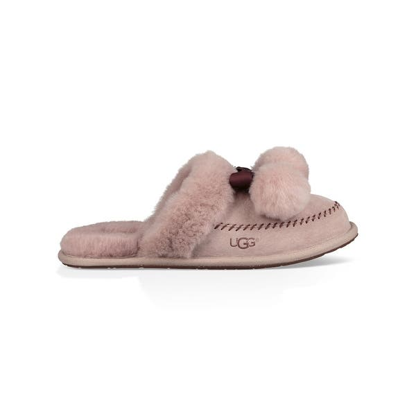 4250a18962a Shop Ugg Womens Hafnir Leather Closed Toe Slip On Slippers - Free ...