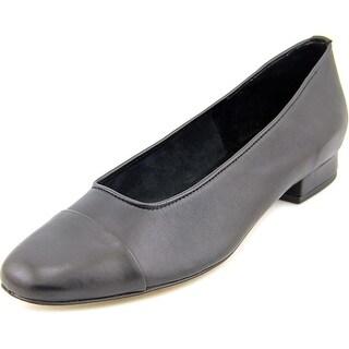 Vaneli Frankie N/S Cap Toe Leather Flats