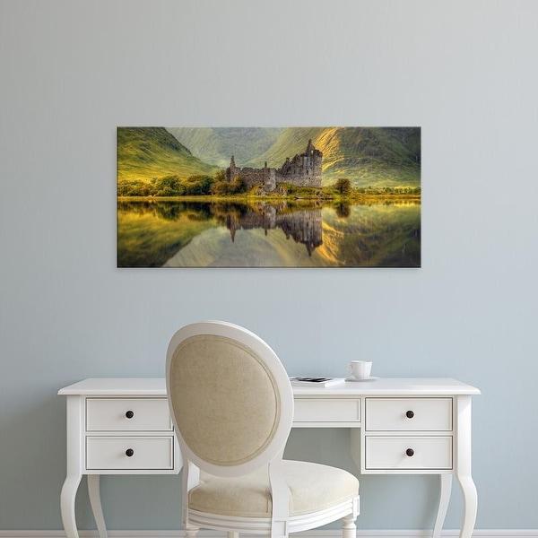 Easy Art Prints Panoramic Image 'Kilchurn Castle, Loch Awe, Argyll and Bute, Scottish Highlands, Scotland' Canvas Art