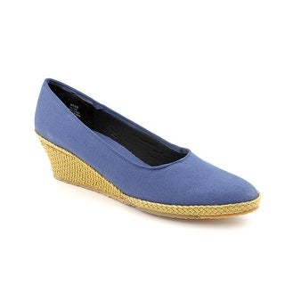 Beacon Newport WW Pointed Toe Canvas Espadrille