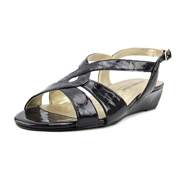 Walking Cradles Dixie Women Black Sandals