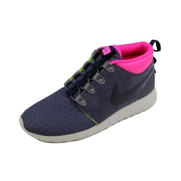ab590275ebd2 ... germany nike menx27s roshe run sneakerboot gridiron dark obsidian pink  floral d1559 d1a14