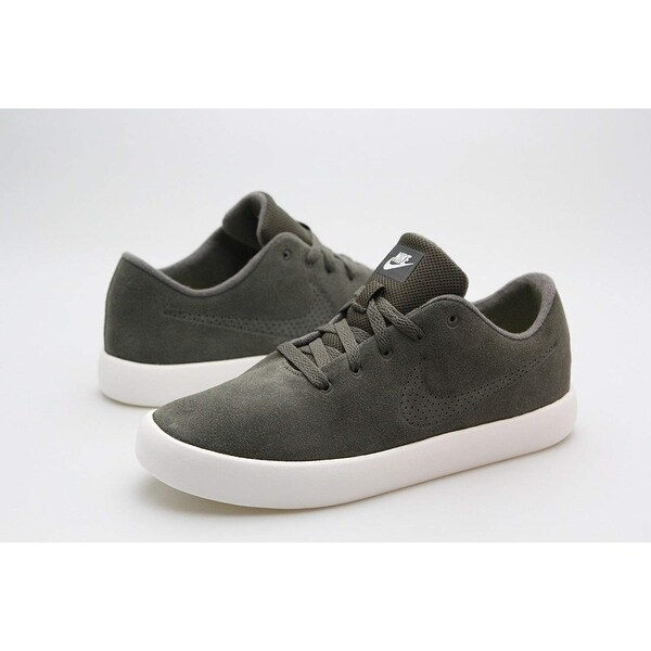 new style 717ab 7e2ce Shop Nike Mens Nike Essentialist Suede Suede Low Top Lace Up Fashion  Sneakers - 7 - Free Shipping Today - Overstock - 25979026