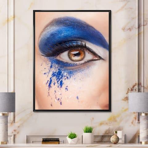 Designart 'Close Up of An Eye With Blue Fantasy Make Up' Modern Framed Canvas Wall Art Print