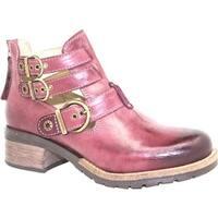Dromedaris Women's Kelsy Boot Violet Soft Waxy Leather