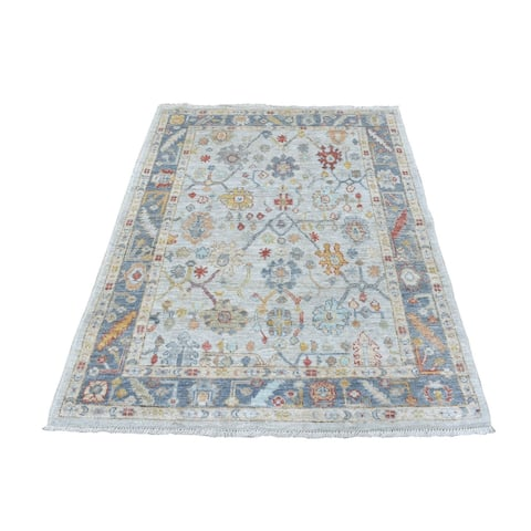 """Shahbanu Rugs Pure Wool Hand Knotted Light Gray With Colorful Motifs Oushak Oriental Rug (4'1"""" x 5'8"""") - 4'1"""" x 5'8"""""""