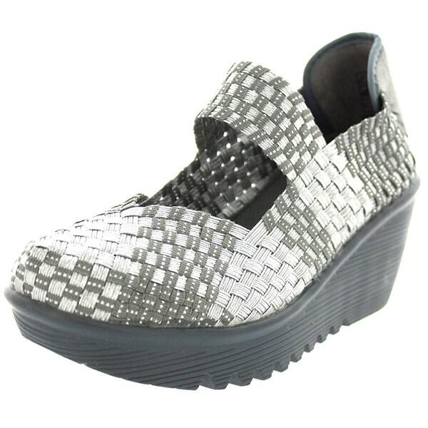 Bernie Mev Womens Lulia Fabric Closed Toe Casual Platform Sandals