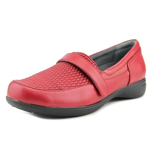 FootSmart April Round Toe Leather Loafer