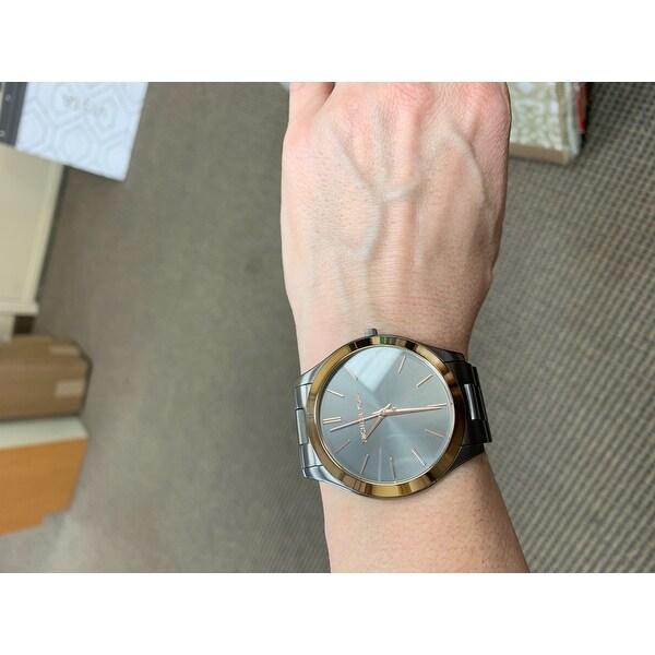5e101b89d4ff Shop Michael Kors Men s Slim Runway Gunmetal Dial Gunmetal Stainless Steel  Bracelet Watch - Free Shipping Today - Overstock - 16635493
