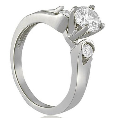 0.95 cttw. 14K White Gold Three-Stone Round Cut Diamond Engagement Ring