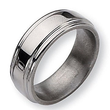 Chisel Grooved Edge Polished Titanium Ring (8.0 mm)