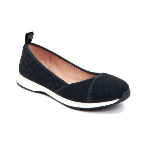 Taryn Rose Bobbi Sneaker Flat