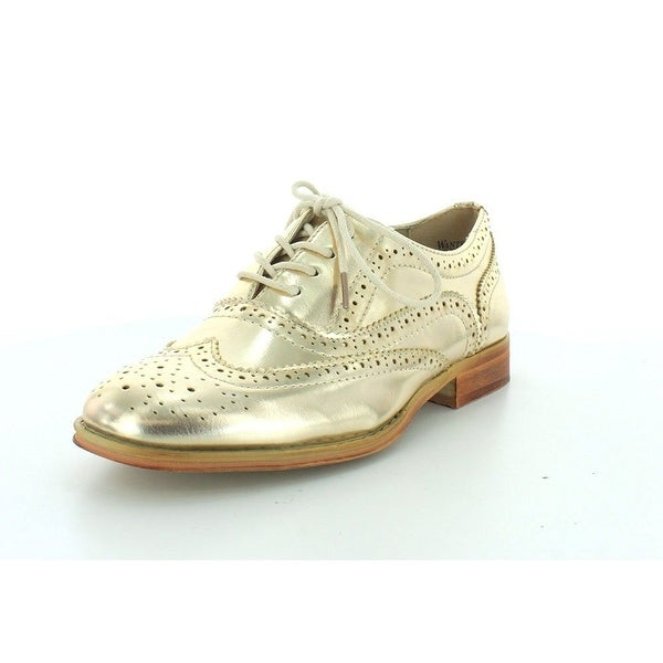 Wanted Shoes Womens Babe Almond Toe Oxfords