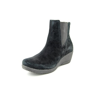 Propet Gwen Round Toe Suede Ankle Boot